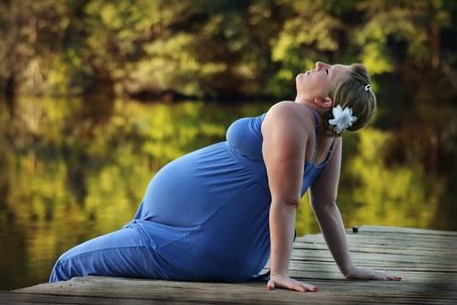que-no-debe-comer-una-mujer-embarazada